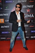Mika Singh at 4th Gionne Star Global Indian Music Academy Awards in NSCI, Mumbai on 20th Jan 2014 (469)_52de33dc77465.JPG