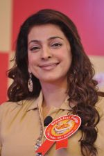 Juhi Chawla at Kellogs event in Taj, Mumbai on 21st Jan 2014 (50)_52df68d35a64a.JPG