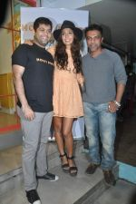 Monica Dogra at Hokey Pokey store in Mumbai on 22nd Jan 2014 (16)_52e0b6de614f3.JPG