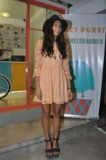 Monica Dogra at Hokey Pokey store in Mumbai on 22nd Jan 2014 (23)_52e0b6e113402.JPG