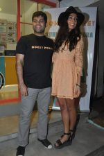 Monica Dogra at Hokey Pokey store in Mumbai on 22nd Jan 2014 (27)_52e0b6e21fa5d.JPG