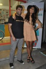 Monica Dogra at Hokey Pokey store in Mumbai on 22nd Jan 2014 (30)_52e0b6e328c38.JPG