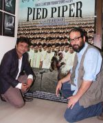 Rajpal Yadav and Vivek Budakoti 1 at a promotional event of their film Pied Piper_52e1f2be5a74f.jpg