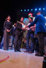 Salman Khan, Daisy Shah at worli fest in Mumbai on 24th Jan 2014 (37)_52e39048a9335.JPG