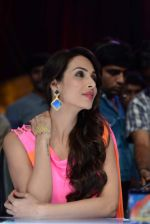 Malaika Arora Khan stunning in a shivan naresh saree in Mumbai on 25th Jan 2014 (57)_52e4b44ac40d6.JPG