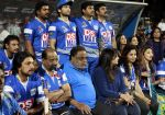 Ambareesh at CCL 4 Karnataka Bulldozers Vs Bengal Tigers Match in Mumbai on 26th jan 2014 (62)_52e5fb71b5c40.JPG