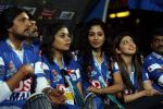 Sudeep at CCL 4 Karnataka Bulldozers Vs Bengal Tigers Match in Mumbai on 26th jan 2014 (40)_52e5fbe828461.JPG