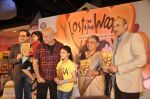 Anupam Kher, Sudha Murthy at launch of book Lost in the Woods in Hamleys, Mumbai on 27th Jan 2014 (74)_52e741f7ce429.JPG
