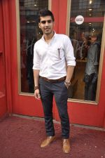 Sameer Dattani at launch of book Lost in the Woods in Hamleys, Mumbai on 27th Jan 2014 (38)_52e741cfb36fa.JPG