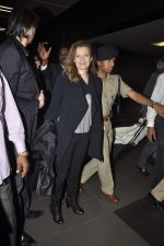 Former first lady of France Valerie snapped at airport in Mumbai on 28th Jan 2014 (28)_52e9f766d230c.JPG