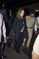 Former first lady of France Valerie snapped at airport in Mumbai on 28th Jan 2014 (30)_52e9f7679668b.JPG