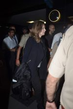 Former first lady of France Valerie snapped at airport in Mumbai on 28th Jan 2014 (33)_52e9f768b70f5.JPG