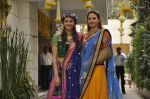 Ahana Deol, Esha Deol at Ahana Deol_s Mehndi Ceremony in Mumbai on 31st Jan 2014 (39)_52ec9b0ab396d.JPG