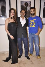 Kainaat Arora, Vikram Bawa, Ashmit Patel at Vikram Bawa Calendar Launch in Mumbai on 31st Jan 2014 (46)_52ec94566722f.JPG