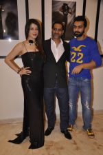 Kainaat Arora, Vikram Bawa, Ashmit Patel at Vikram Bawa Calendar Launch in Mumbai on 31st Jan 2014 (48)_52ec9457465bc.JPG