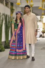 Vaibhav Arora, Ahana Deol at Ahana Deol_s Mehndi Ceremony in Mumbai on 31st Jan 2014 (17)_52ec9b6bf08c5.JPG