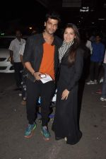 Gauhar Khan and Kushal Tandon snapped at the airport in Mumbai on 2nd Feb 2014 (10)_52ef60901dcac.JPG