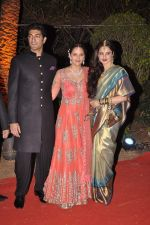Vaibhav Arora, Ahana Deol, Rekha at Ahana Deol_s Wedding Reception in Mumbai on 2nd Feb 2014 (58)_52efa3ed93bf2.JPG