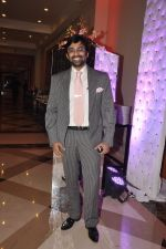 Anuj Saxena at Siddharth Kannan_s wedding reception with Neha in Mumbai on 4th Feb 2014 (66)_52f202fa095be.JPG