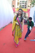Ragini Khanna at Anurag Basu_s Saraswati pooja in Mumbai on 4th Feb 2014 (53)_52f1da51bdf33.JPG