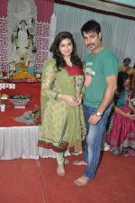 Vivian Dsena at Anurag Basu_s Saraswati pooja in Mumbai on 4th Feb 2014 (54)_52f1da76d9c56.JPG