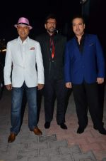 Javed Jaffrey, Ravi Behl, Naved Jaffrey at gunday promotions on the sets of Boogie Woogie in Malad, Mumbai on 6th Feb 2014 (17)_52f3d928e4b06.JPG