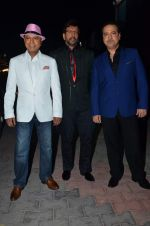 Javed Jaffrey, Ravi Behl, Naved Jaffrey at gunday promotions on the sets of Boogie Woogie in Malad, Mumbai on 6th Feb 2014 (11)_52f3d90848810.JPG
