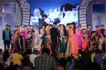 Madhuri, Preity, Lara, Evelyn, Malaika, Mandira, Isha at Manish malhotra show for save n empower the girl child cause by lilavati hospital in Mumbai on 5th Feb 2014 (27)_52f3c4b3860d7.jpg