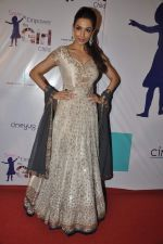 Malaika Arora Khan at Manish malhotra show for save n empower the girl child cause by lilavati hospital in Mumbai on 5th Feb 2014(106)_52f3c4b571049.JPG