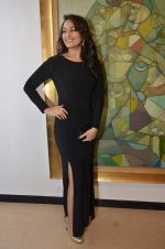 Sonakshi Sinha at neeraj goswami exhibition  hosted by chhaya Momaya in Jehangir Art Gallery, Mumbai on 5th Feb 2014 (161)_52f3c1d5553b4.JPG