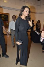 Sonakshi Sinha at neeraj goswami exhibition  hosted by chhaya Momaya in Jehangir Art Gallery, Mumbai on 5th Feb 2014 (164)_52f3c1d66be5e.JPG