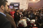Sameera Reddy Unveils Vardenchi T5- India_s first ultra premium motorcycle at Auto Expo 2014 (5)_52f78330e6071.jpg