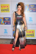 Laila Khan at Zee Awards red carpet in Filmcity, Mumbai on 8th Feb 2014 (168)_52f77c93d04ab.JPG