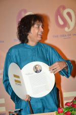 Zakir Hussain at Idea of India press meet in Trident, Mumbai on 10th Feb 2014 (52)_52f9b4d65cfa6.JPG