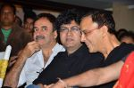 Vidhu Vinod Chopra, Rajkumar Hirani, Parsoon Joshi at the launch of Sagar Movietone in Khar Gymkhana, Mumbai on 11th Feb 2014 (84)_52fb1c9b54b76.JPG