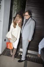 Sanjay Khan at Simone Khan_s birthday bash in Sanjay Khan_s Residence, Mumbai on 12th Feb 2014 (110)_52fc703101782.JPG