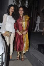 Sridevi, Rashmi Thackeray at Simone Khan_s birthday bash in Sanjay Khan_s Residence, Mumbai on 12th Feb 2014 (78)_52fc70c0762c4.JPG