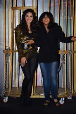 Sunny Leone, Ekta Kapoor at Ragini MMS 2 promotions in a bird cage in Infinity Mall, Mumbai on 12th Feb 2014 (105)_52fc72649ec79.JPG