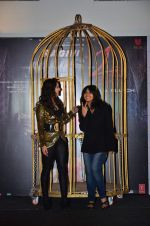 Sunny Leone, Ekta Kapoor at Ragini MMS 2 promotions in a bird cage in Infinity Mall, Mumbai on 12th Feb 2014 (106)_52fc72650c8aa.JPG