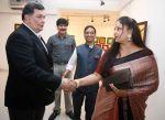 Rishi Kapoor, Bharat Tripathi & Rati Agnihotri at Bharat Tripathi_s Tirthankar exhibition in Mumbai on 13th Feb 2014(3)_52fdb9cbd64e1.jpg