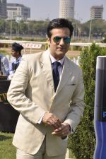 Fardeen Khan at Provogue AGP fashion show and race in RWITC, Mumbai on 16th Feb 2014 (163)_5301c9c18e409.JPG