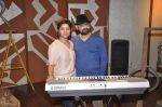Sunidhi Chauhan with her husband Hitesh Sonik  at the recording of Amol Gupte_s music video in Mumbai on 16th feb 2014 (83)_5301a666ed1af.JPG