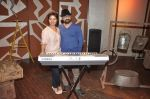 Sunidhi Chauhan with her husband Hitesh Sonik  at the recording of Amol Gupte_s music video in Mumbai on 16th feb 2014 (84)_5301a66768693.JPG