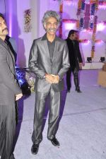 Makrand Deshpande at Miraj Group_s Madan Paliwal_s daughter Devdhooti and Vikas Purohit_s reception in Udaipur on 18th Feb 2014 (126)_5305c9a244f9c.JPG
