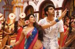 Priyanka Chopra, Arjun Kapoor in the still from movie Gunday (12)_5305941c29858.jpg
