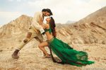 Priyanka Chopra, Ranveer Singh in the still from movie Gunday (19)_530594206dbb2.jpg