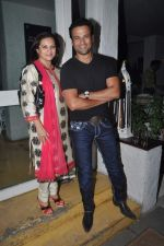 Rohit Roy, Manasi Joshi Roy at Priyanka Sinha_s book launch in Olive, Mumbai on 25th Feb 2014 (37)_530dda66de92d.JPG