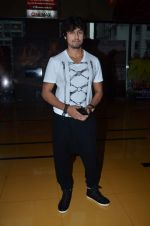 Sonu Nigam at the First look & theatrical trailer launch of Jal in Cinemax on 25th Feb 2014(194)_530ddecc776c7.JPG