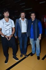 Sonu Nigam, Bikram Ghosh, Girish Malik at the First look & theatrical trailer launch of Jal in Cinemax on 25th Feb 2014(188)_530ddc8a6d024.JPG