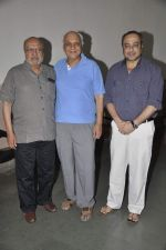 Shyam Benegal, Sachin Khedekar at Samvidhan serial launch in Worli, Mumbai on 28th Feb 2014 (21)_53118945e0fb6.JPG